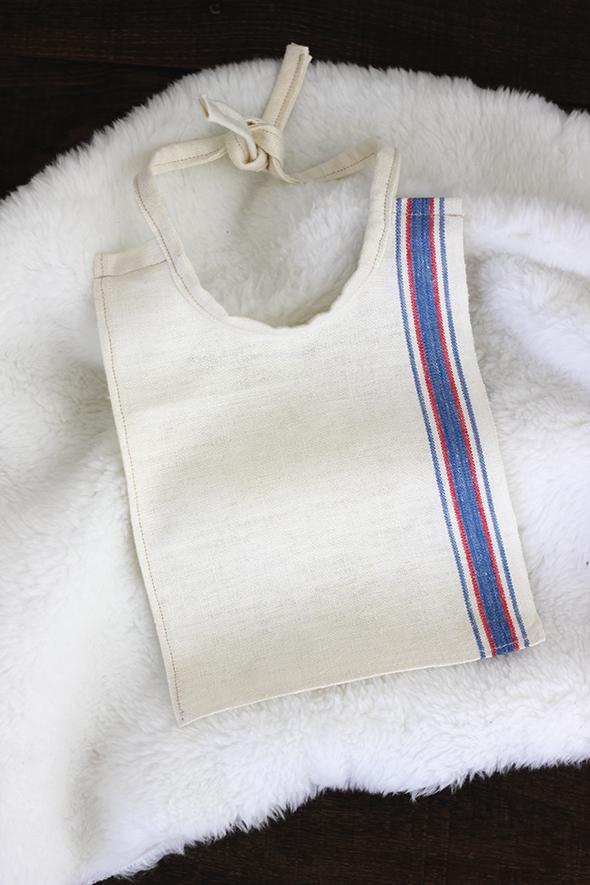 DIY linen bib
