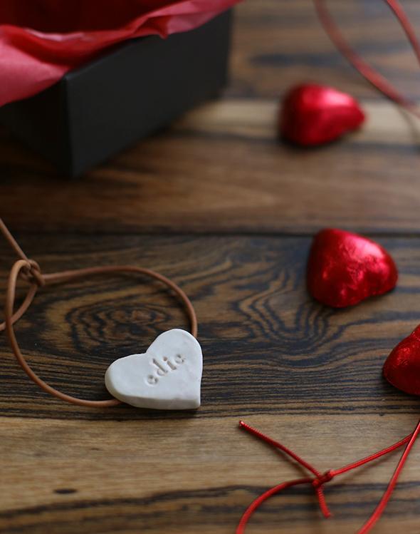 diy pesonalized heart bracelet