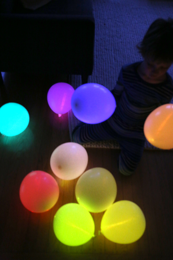 DIY Glow stick balloons - Say Yes Glow Stick Lighting Ideas Html on glow sticks in water, glow sticks cool, glow stick party decoration ideas, glow stick outdoor ideas, led lighting ideas, glow sticks in balloons, glow stick costume ideas, fun with glow sticks ideas, glow stick craft ideas, glow stick game ideas, glow sticks in the dark, 10 awesome glow stick ideas, glow stick decorating ideas, glow stick centerpiece ideas, glow in the dark ideas,