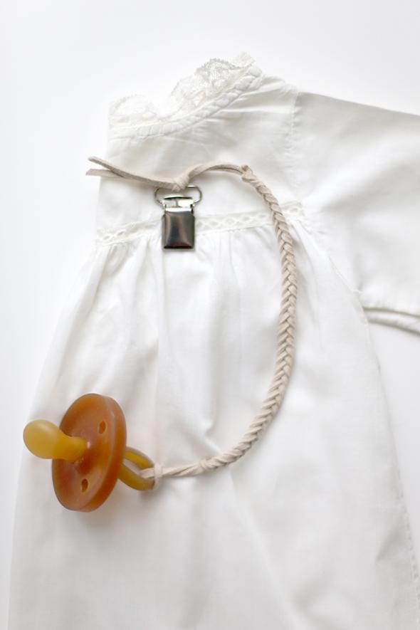 DIY binkie clip