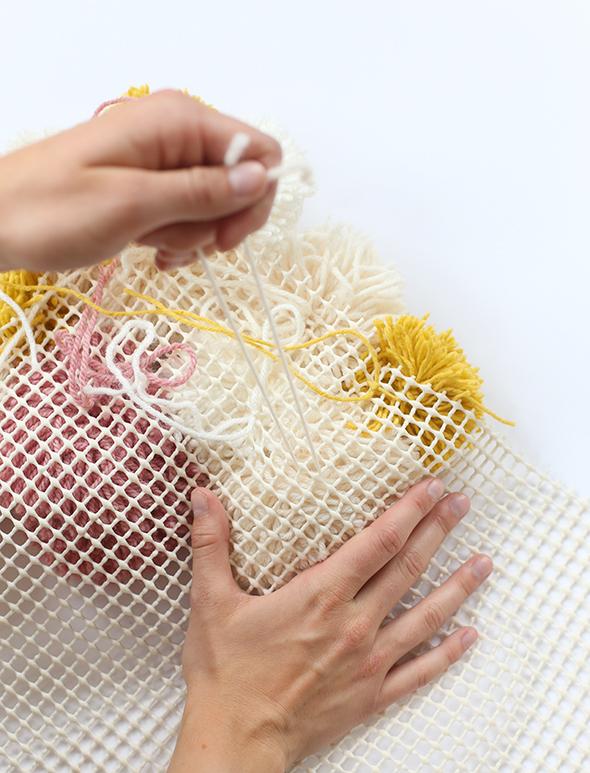 DIY pom pom rug