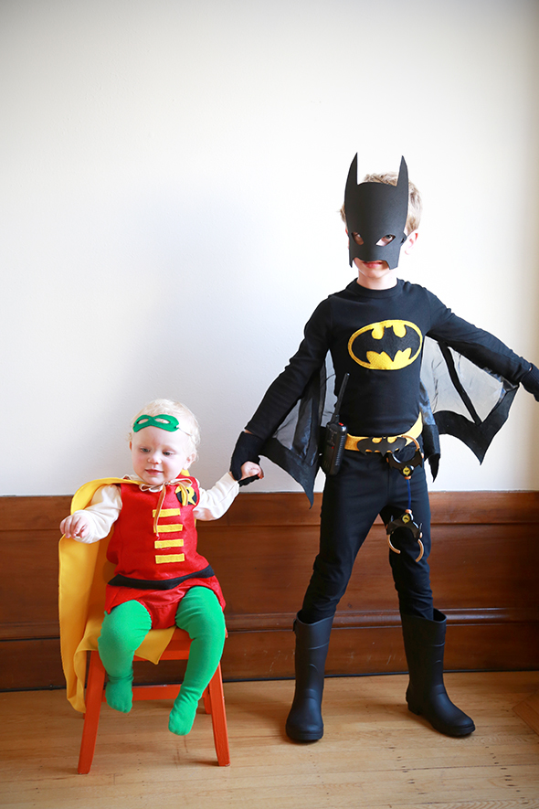 Batman And Robin Costumes Say Yes