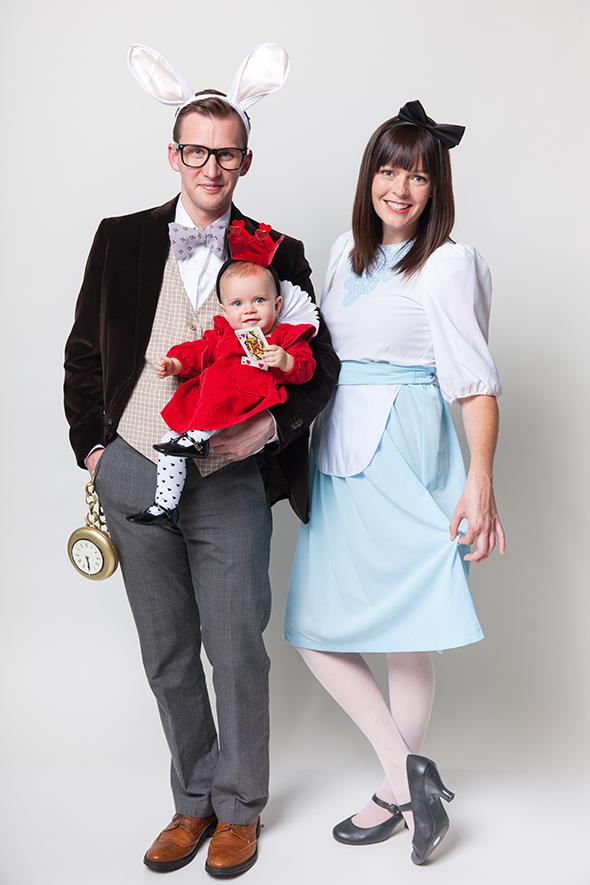 halloween-family-costumes-alice-in-wonderland