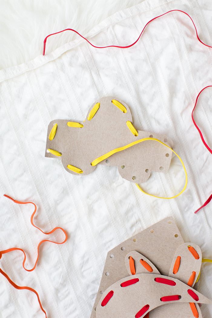 how to make cardboard sewing cards