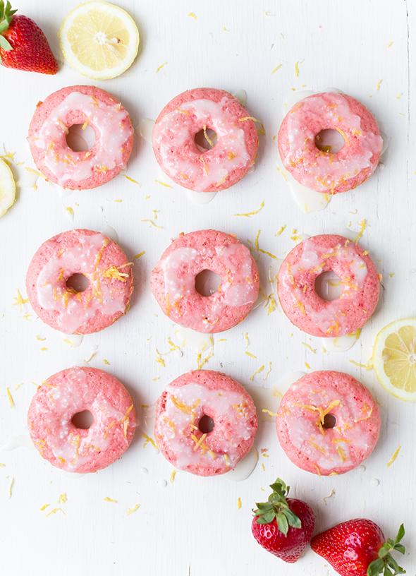 strawberry lemonade baked donuts