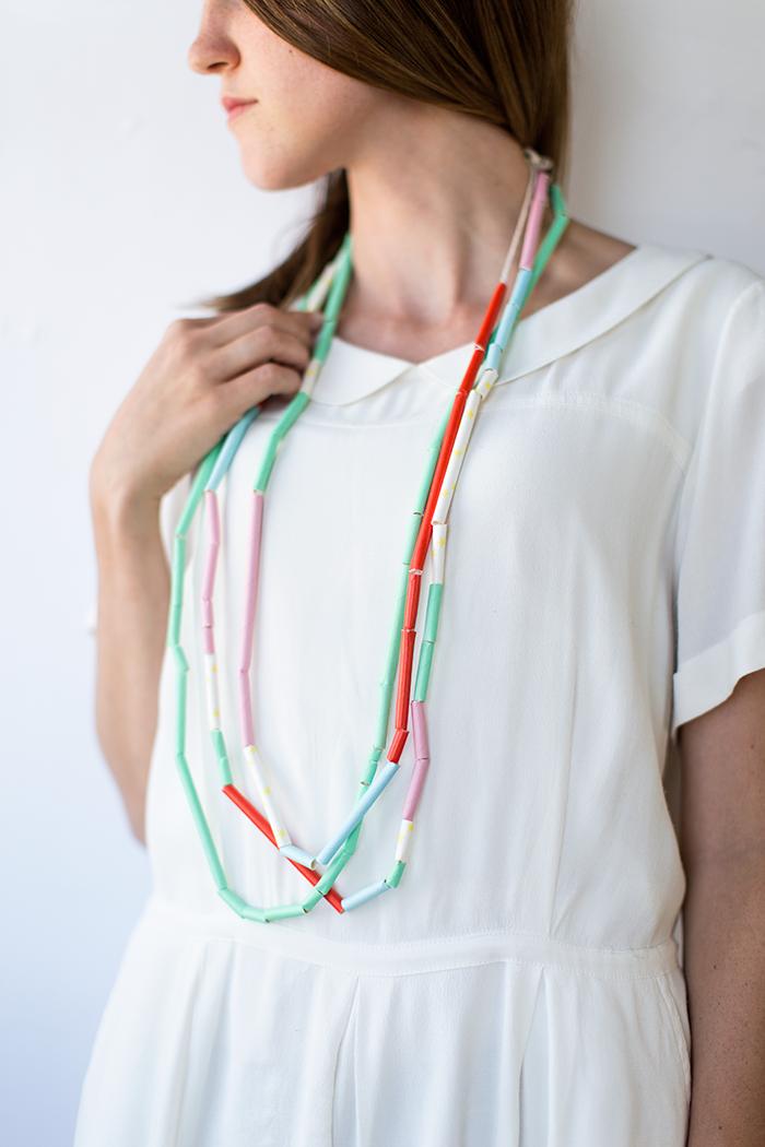 diy-straw-necklace