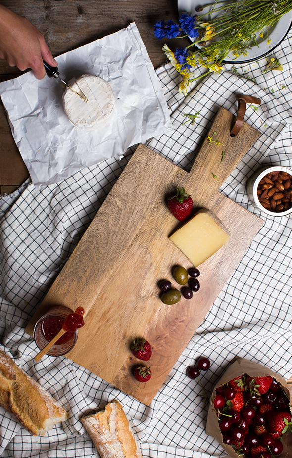 of cheese plates! Here are some ideas for a kid friendly cheese plate ...