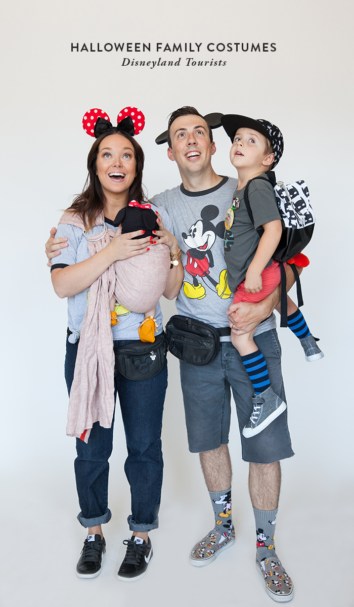 Halloween Family Costumes: Disneyland Tourists   Say Yes