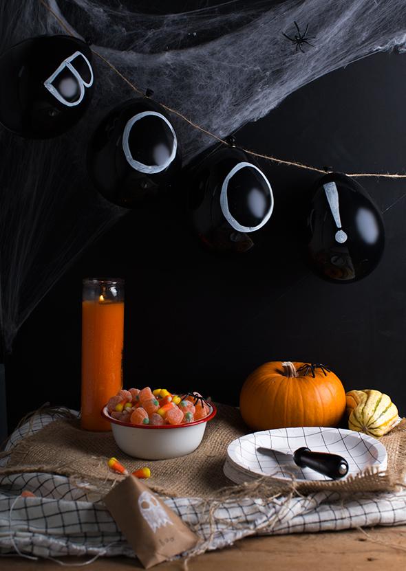 halloween chalkboard balloons