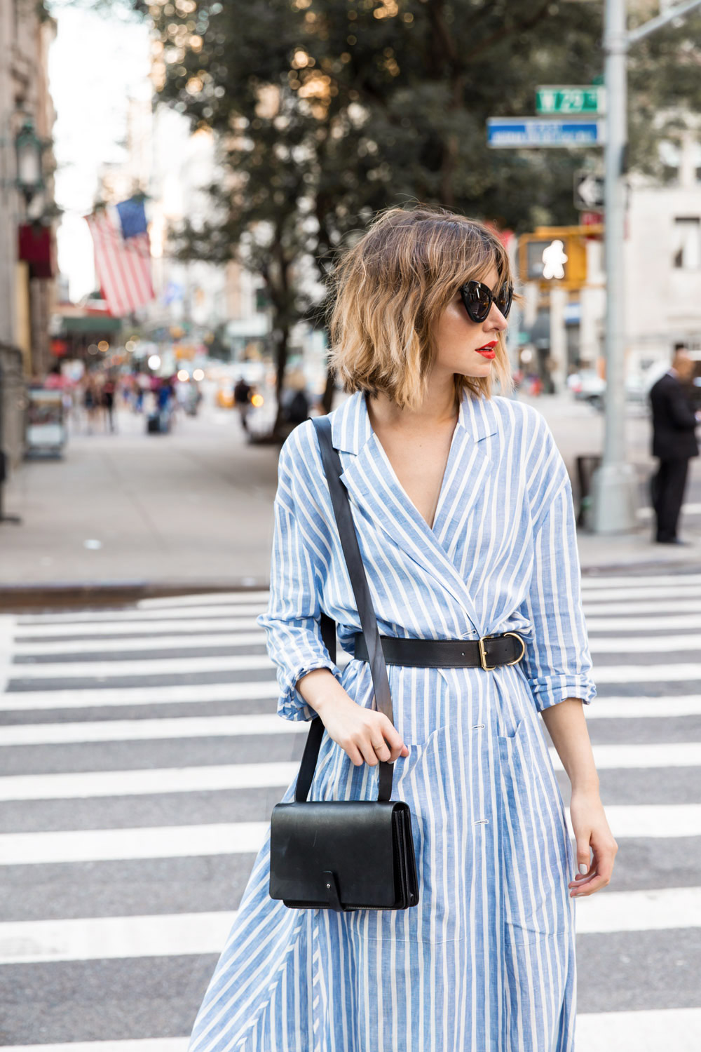 20 street style trends to try this spring say yes for Blue dress shirt outfit