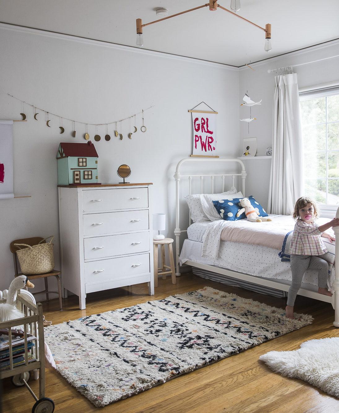 DIY Refinishing Hardwood Floors: Girls